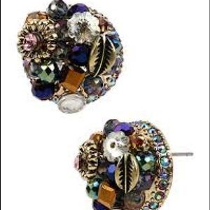 Betsey Johnson NWT woven clusters round studs